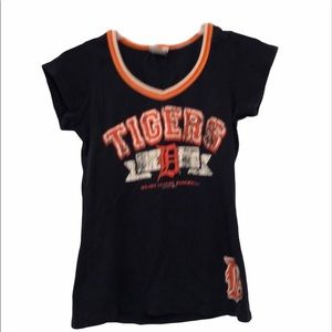 Detroit Tigers large shirt